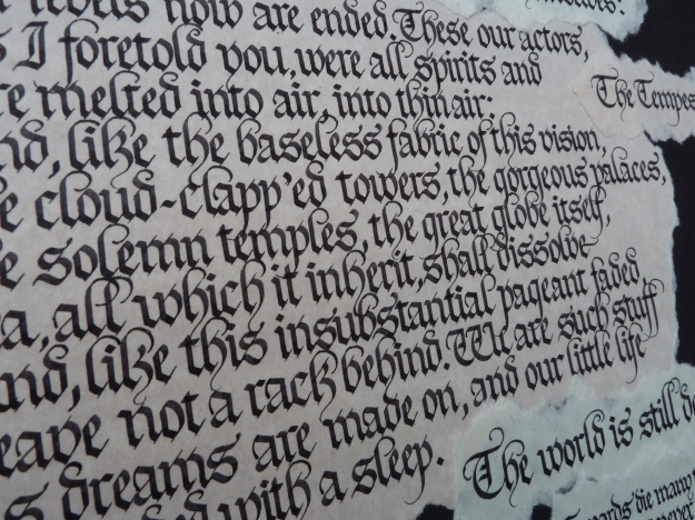 gothic-calligraphy-dense-spacing