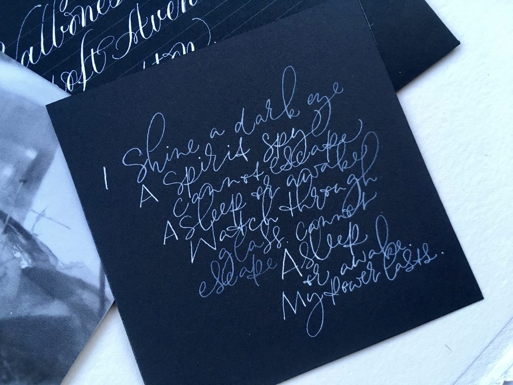 scribbly-modern-calligraphy-for-halloween